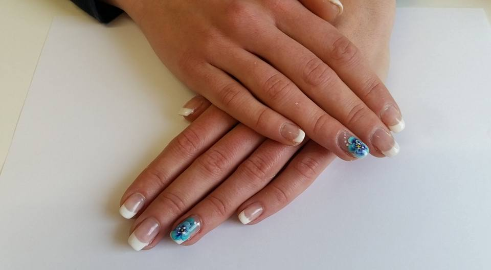 French One Stroke - Bloemenkunst op nagels